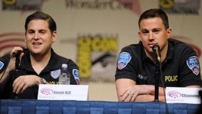 21 Jump Street &#8211; Channing Tatum With Jonah Hill On Stage
